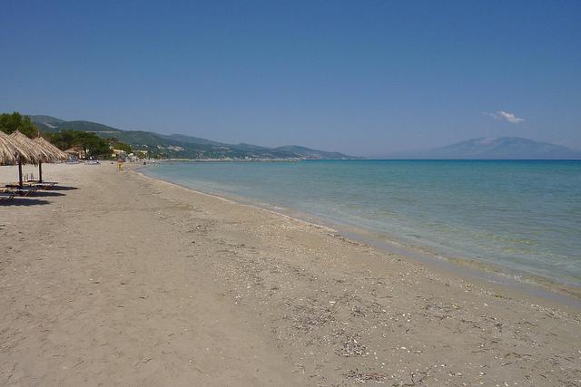 Alykes a pláže, 2. část